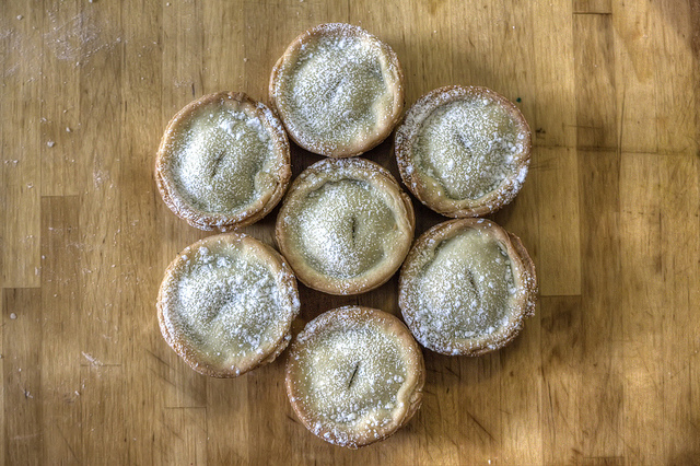 Mince Pies and a Full English Breakfast - Sweet and Savoring [photo by Andy Milford]