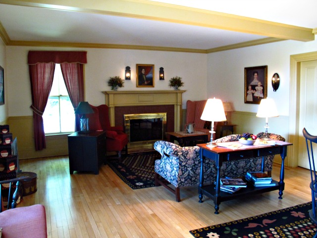 Timbercliffe Cottage Bed & Breakfast - Sweet and Savoring